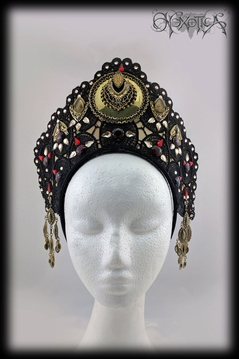Gold and Black Egyptian Tiara Style Headdress